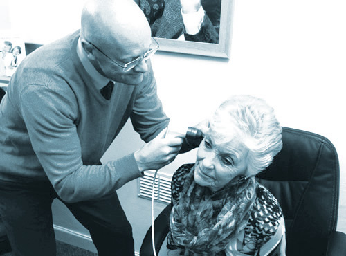 grundys-hearing-centre-ear-wax-removal